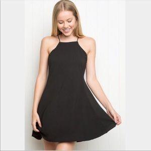 ✰ BRANDY MELVILLE HIGH NECK FLOWY BLACK DRESS ✰